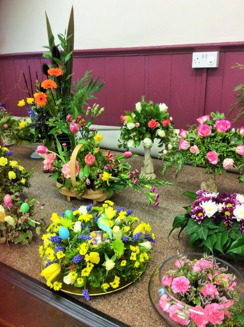 Flower arranging led by Lynne March 2018 - photo 4